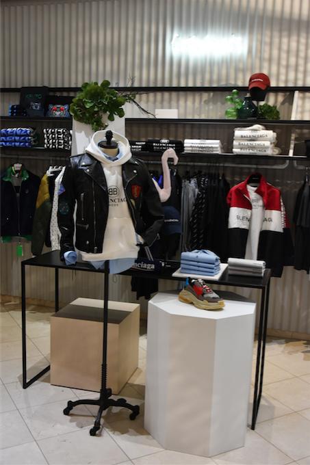 ce9c30c8f8e1fa Lothaire s'est refait une beauté : Un nouveau concept store pour ...
