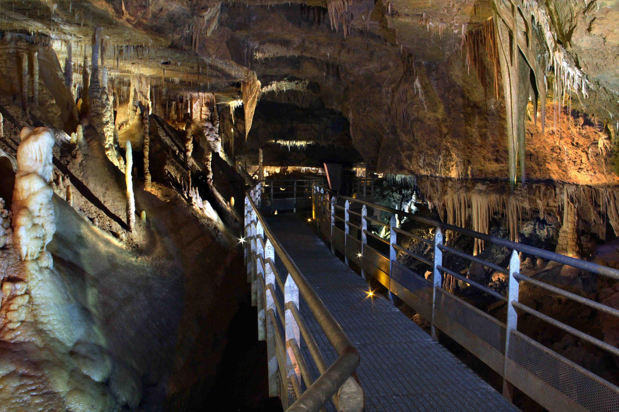 grotte de Tourtoirac en Dordogne