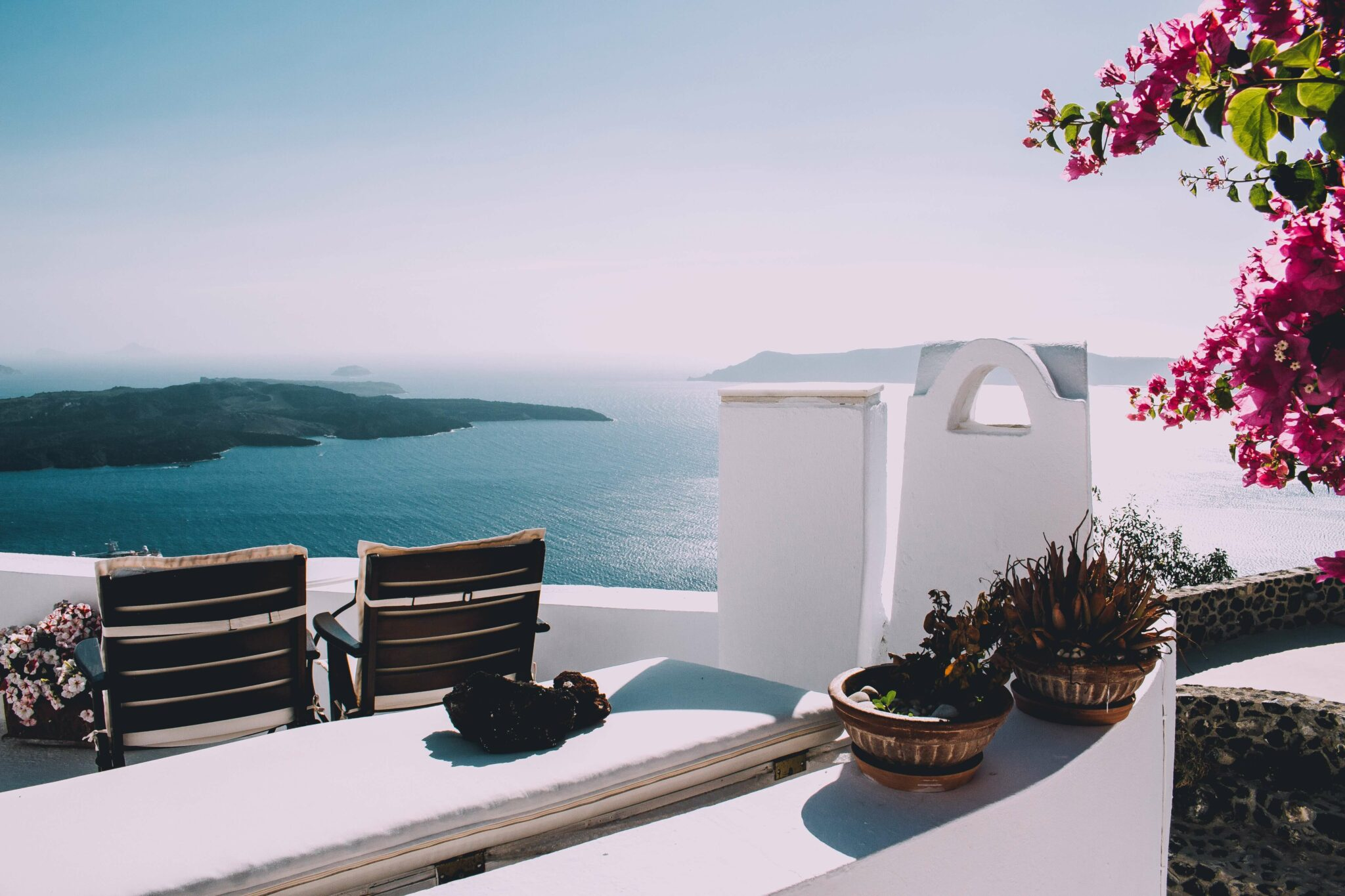 agence relations presse Hello La Com faire connaître votre hôtel augmenter la vibsilité de votre hôtel activités hôtelières réservation hôtel